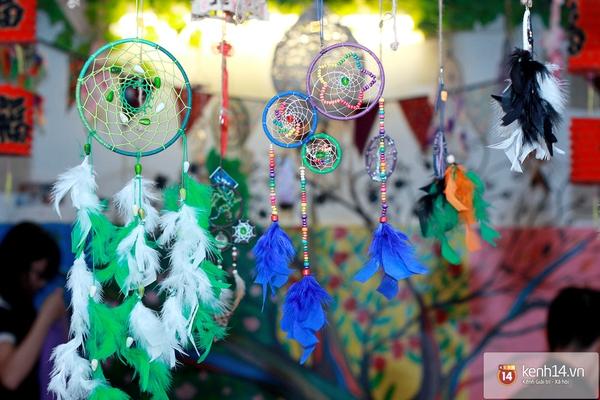 Cơn sốt phim The Heirs khiến giới trẻ Việt đổ xô săn lùng Dreamcatcher 11