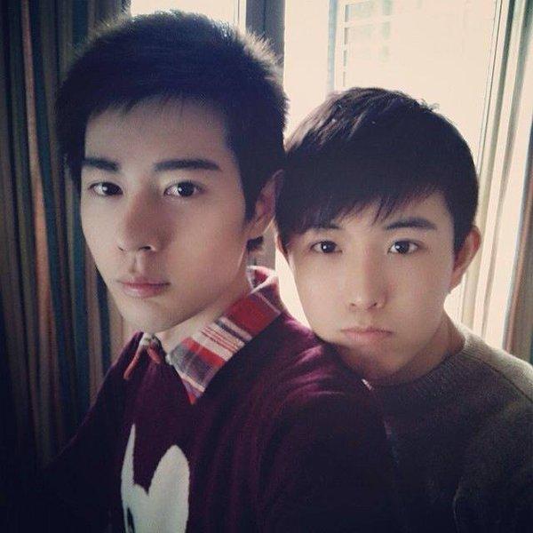 """3 cặp đôi đồng tính mỹ nam tại Châu Á """"đốn tim"""" cư dân mạng 25"""