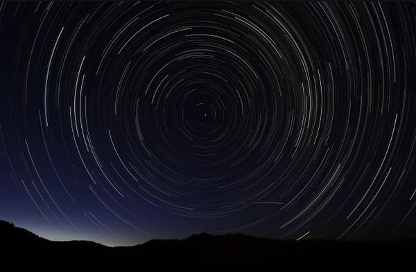 """Ảnh độc: Mưa sao băng Perseid """"tấn công"""" Trái đất 12"""