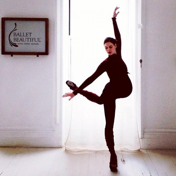 Hình ảnh múa ballet cho thấy sự kì diệu của quá trình mang thai 2