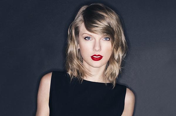 """Taylor Swift chưa thể vượt qua Britney Spears với siêu phẩm """"1989"""" 1"""
