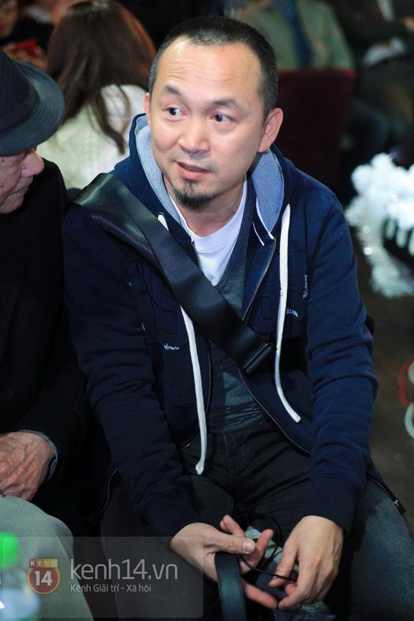 Thiện Thanh cùng bố đi ra mắt album, liveshow Ngũ Cung 8