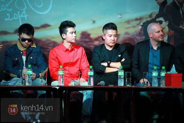 Thiện Thanh cùng bố đi ra mắt album, liveshow Ngũ Cung 2