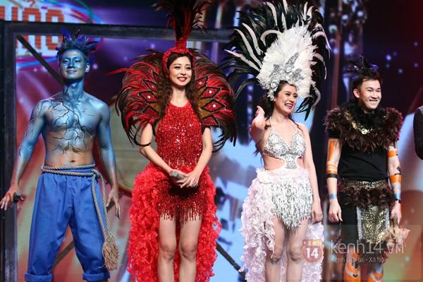 """Bùi Anh Tuấn, Văn Mai Hương... """"hóa điên"""" với hit Bảo Anh 18"""