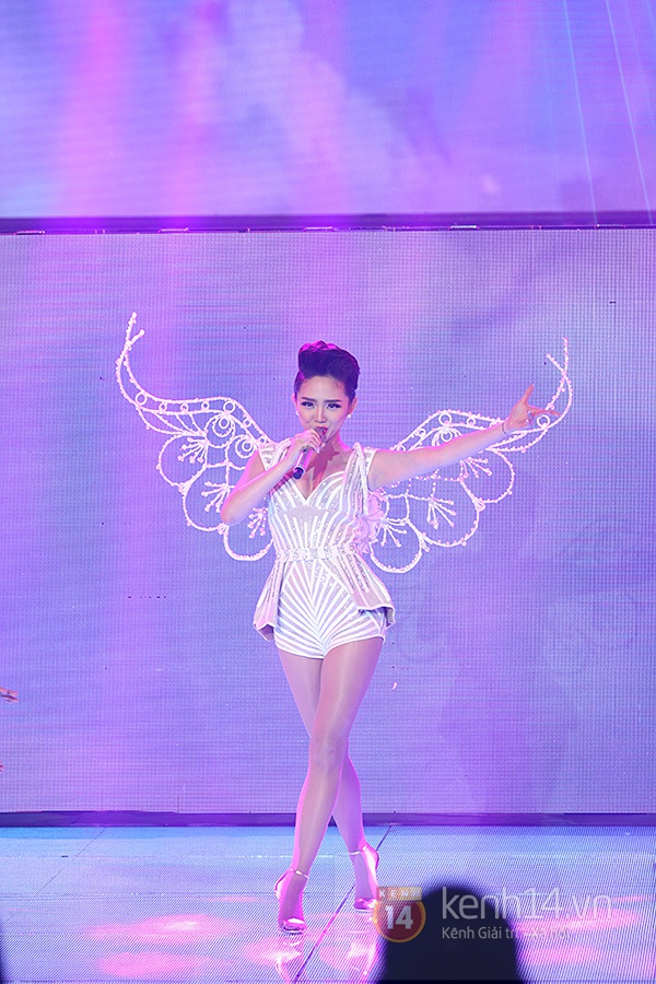 """The Remix: Hà Hồ khen Sơn Tùng M-TP """"Không phải dạng vừa đâu!"""" 13"""