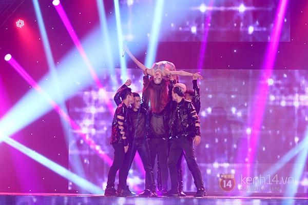 """The Remix: Hà Hồ khen Sơn Tùng M-TP """"Không phải dạng vừa đâu!"""" 18"""