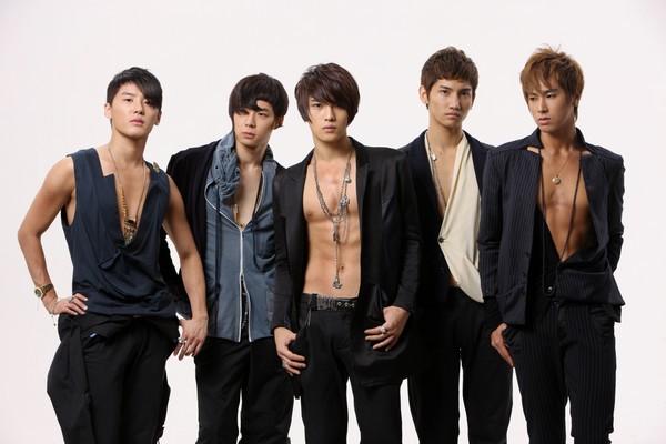 Top 10 boygroup ẵm cúp nhiều nhất Kpop 3