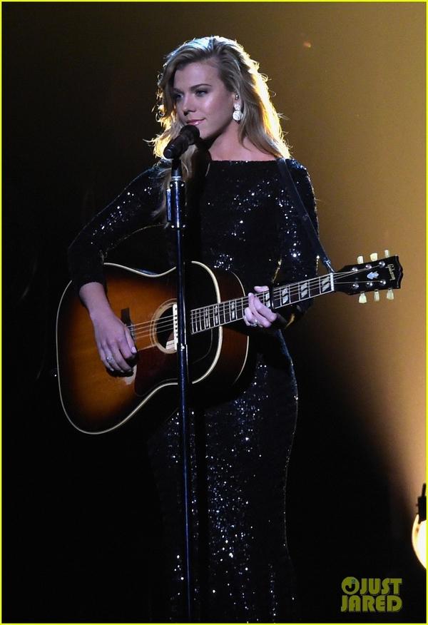 Lễ trao giải nhạc Đồng quê vắng bóng Taylor Swift 9