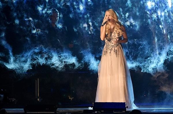 Lễ trao giải nhạc Đồng quê vắng bóng Taylor Swift 11