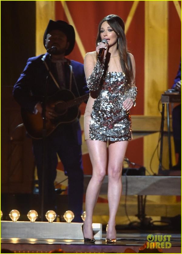Lễ trao giải nhạc Đồng quê vắng bóng Taylor Swift 5