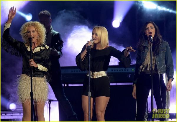 Lễ trao giải nhạc Đồng quê vắng bóng Taylor Swift 12
