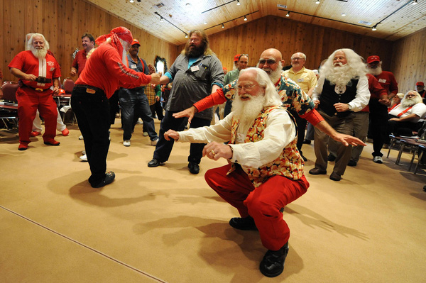 Cận cảnh khóa học đào tạo dành riêng cho ông già Noel 12