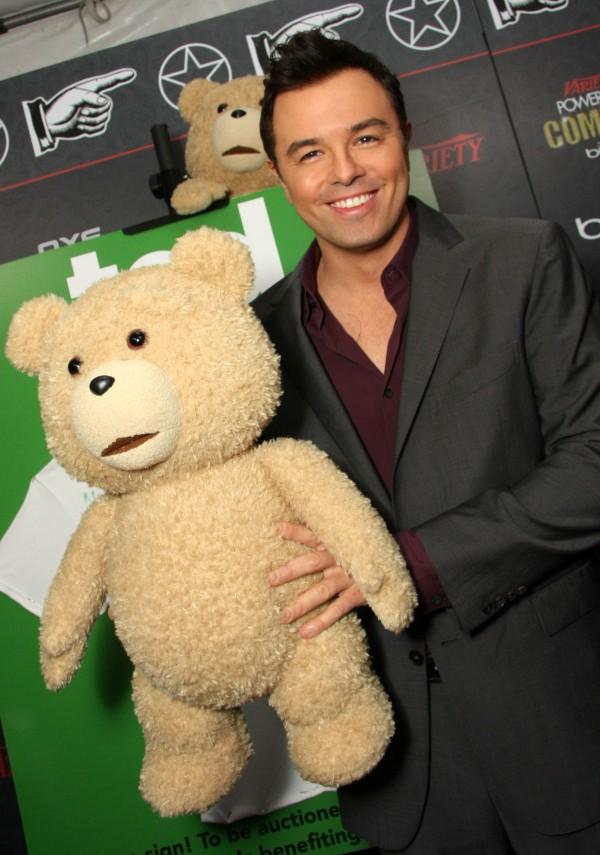 """Gấu bông """"người lớn"""" hiên ngang lên sàn Oscar 5"""