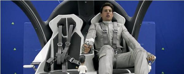 Cận cảnh phi thuyền ngoài không gian của Tom Cruise 1