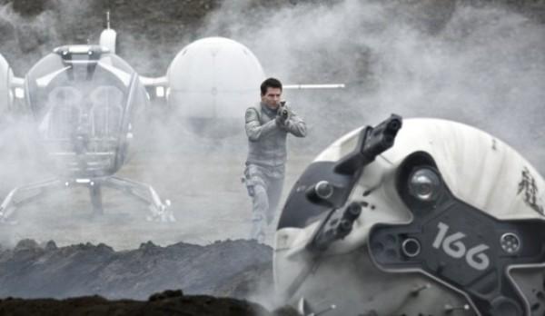 Cận cảnh phi thuyền ngoài không gian của Tom Cruise 3