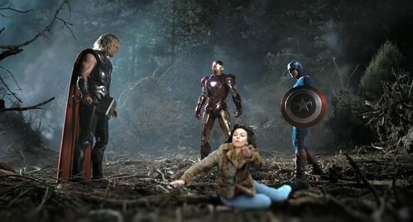 """Ảnh chế về người đẹp """"Avengers"""" trong phim mới gây sốt 3"""