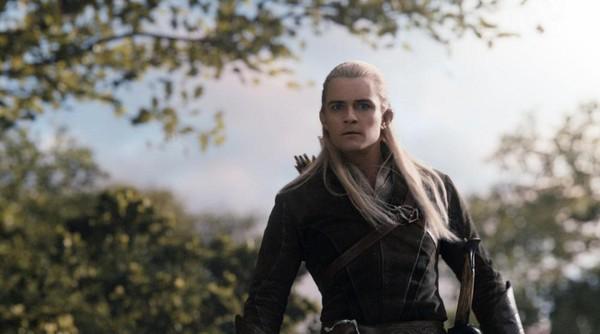 """Rồng khổng lồ của """"The Hobbit"""" chu du thế giới cùng Boeing 777 9"""
