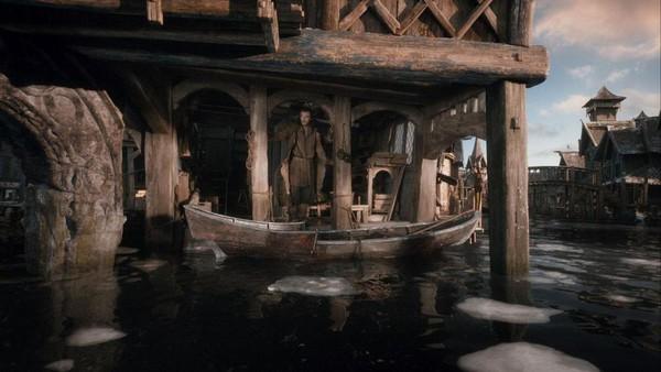 """Rồng khổng lồ của """"The Hobbit"""" chu du thế giới cùng Boeing 777 10"""