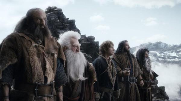 """Rồng khổng lồ của """"The Hobbit"""" chu du thế giới cùng Boeing 777 5"""
