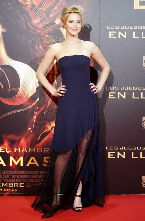 """""""Jennifer Lawrence bị bắt làm việc như nô lệ"""" 3"""