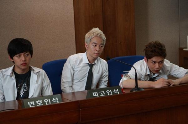 Lạm dụng trẻ vị thành niên - Đề tài nóng trong phim Hàn 4