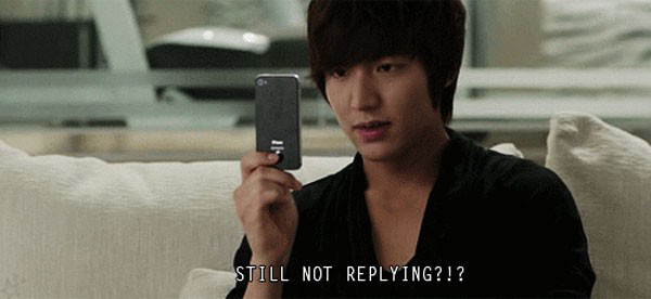 """Những quảng cáo """"trắng trợn"""" trên phim Hàn 9"""