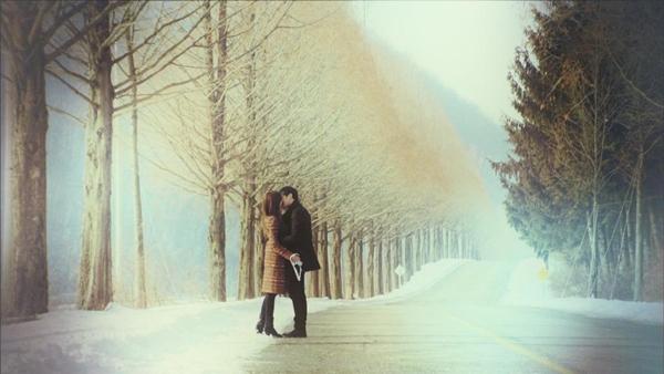"""Những nụ hôn """"xua tan băng giá"""" trên màn ảnh 9"""