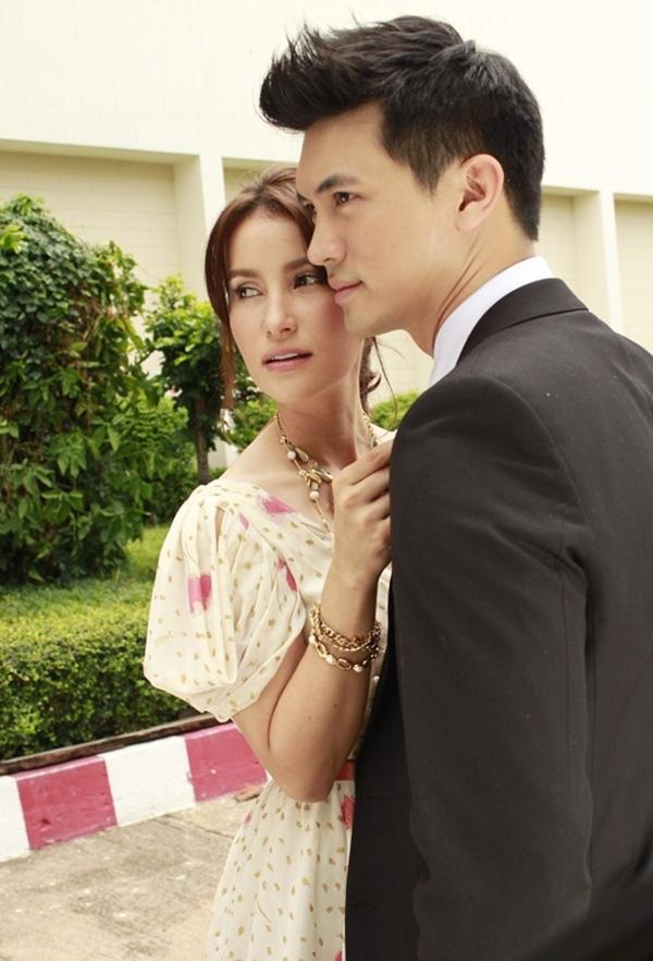 Những cặp đôi nhiều duyên nợ của màn ảnh Thái 10