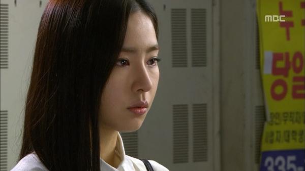 """Shin Se Kyung đòi """"bán thân"""" trả nợ Song Seung Hun 1"""