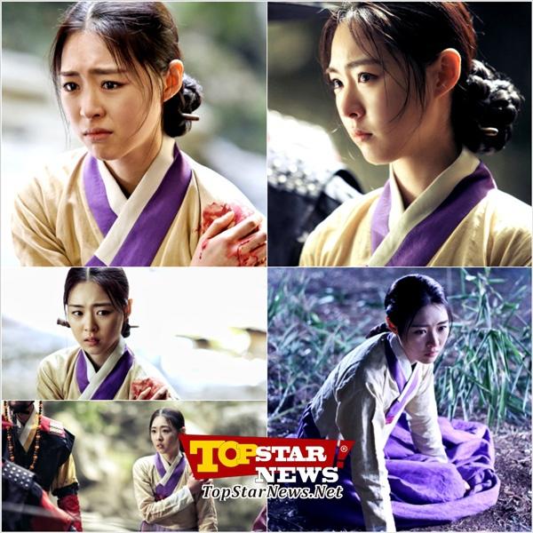 """Lee Yeon Hee """"choáng ngợp"""" vì bó hoa to-hơn-người 8"""