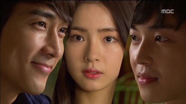 """Được ôm mỹ nhân, Song Seung Hun """"hớn"""" ra mặt 9"""