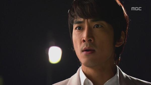"""Shin Se Kyung """"ỡm ờ"""" với lời cầu hôn của Song Seung Hun 6"""