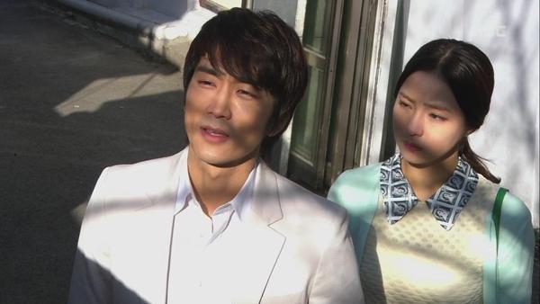 """Shin Se Kyung """"ỡm ờ"""" với lời cầu hôn của Song Seung Hun 3"""