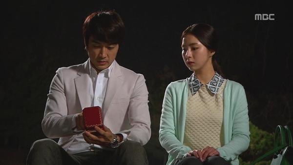 """Shin Se Kyung """"ỡm ờ"""" với lời cầu hôn của Song Seung Hun 4"""