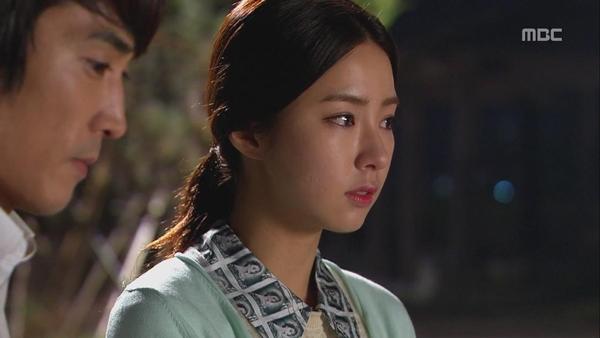 """Shin Se Kyung """"ỡm ờ"""" với lời cầu hôn của Song Seung Hun 5"""