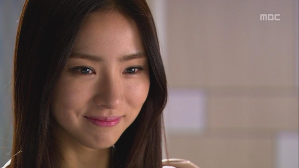 """Shin Se Kyung """"ỡm ờ"""" với lời cầu hôn của Song Seung Hun 9"""