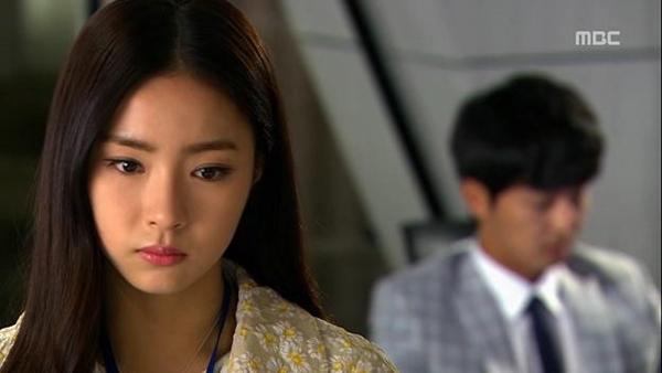 """Seung Hun bị rượt đuổi """"té khói"""" vì phá hoại của công 9"""