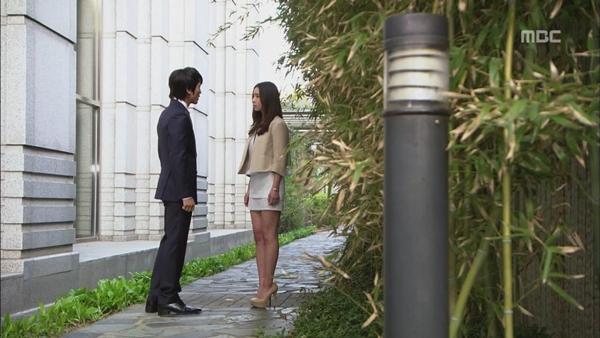 """Shin Se Kyung đòi """"dứt tình"""" với Song Seung Hun 5"""