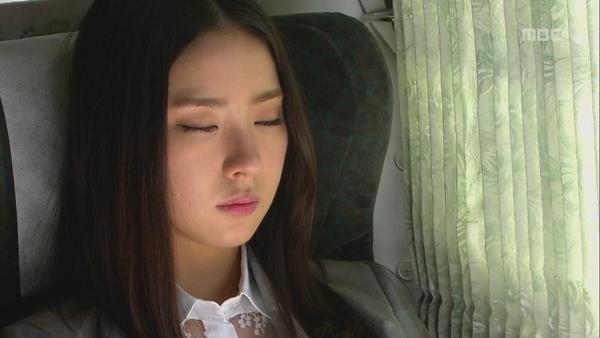 """Vì 2 người đàn ông, Shin Se Kyung """"lãnh đủ""""? 3"""