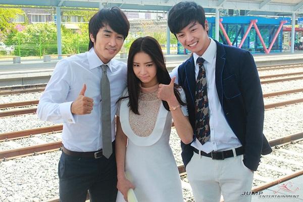 """Song Seung Hun nhí nhố dọa """"xử"""" Shin Se Kyung 3"""