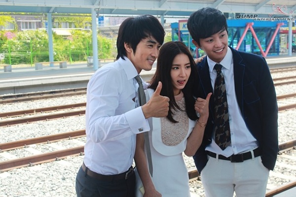 """Song Seung Hun nhí nhố dọa """"xử"""" Shin Se Kyung 4"""