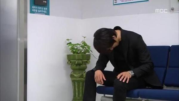 Mi Do (Shin Se Kyung) bị tai nạn suýt chết 10