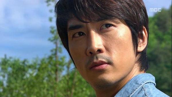 Tae Sang (Seung Hun) nghĩ bạn gái giả vờ mất trí nhớ 1
