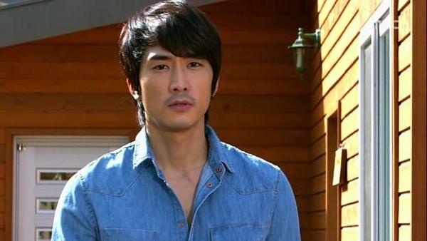 Tae Sang (Seung Hun) nghĩ bạn gái giả vờ mất trí nhớ 11