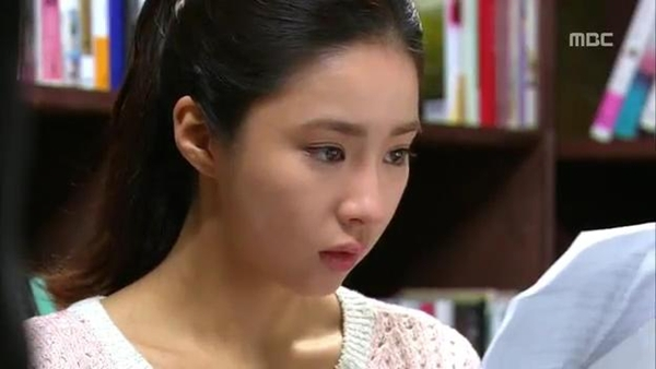 Mi Do (Shin Se Kyung) cứu mạng Tae Sang (Seung Hun) 5