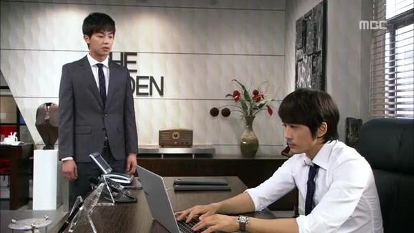 Mi Do (Shin Se Kyung) cứu mạng Tae Sang (Seung Hun) 12