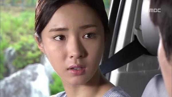 Mi Do (Shin Se Kyung) cứu mạng Tae Sang (Seung Hun) 9