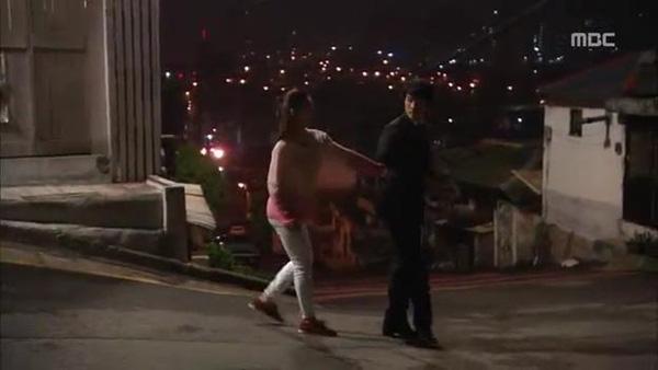 Mi Do (Shin Se Kyung) cứu mạng Tae Sang (Seung Hun) 6