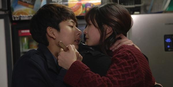 """Báo chí nước ngoài """"dậy sóng"""" vì phim 18+ của Kim Ki Duk  2"""