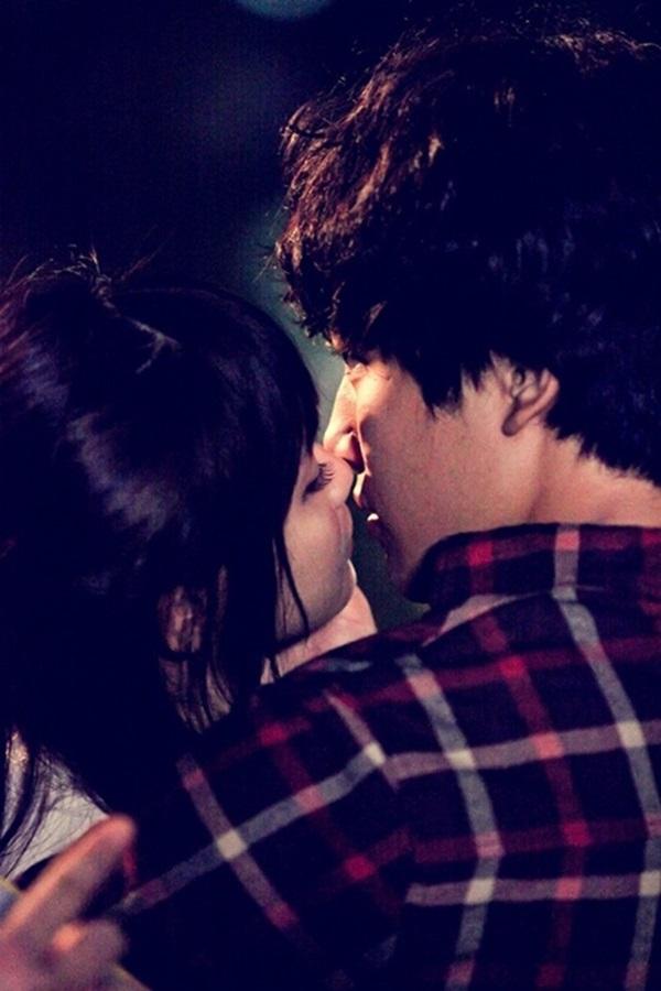 """Sao teen Yeo Jin Goo làm """"chuyện đại sự"""" trước mặt đàn chị 4"""